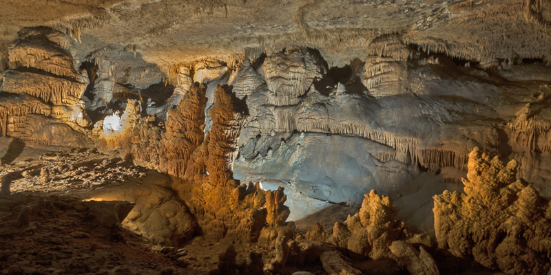 Image from inside Blanchard Springs Caverns