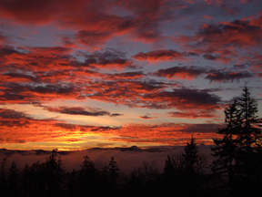 Photo: Sunset in the Cascade Mtns, Oregon