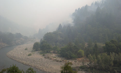 Image of smoke shrouding the Salmon River in August 2006.