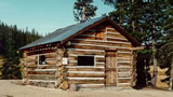 Elwood Cabin and link to reservation page on Recreation.gov